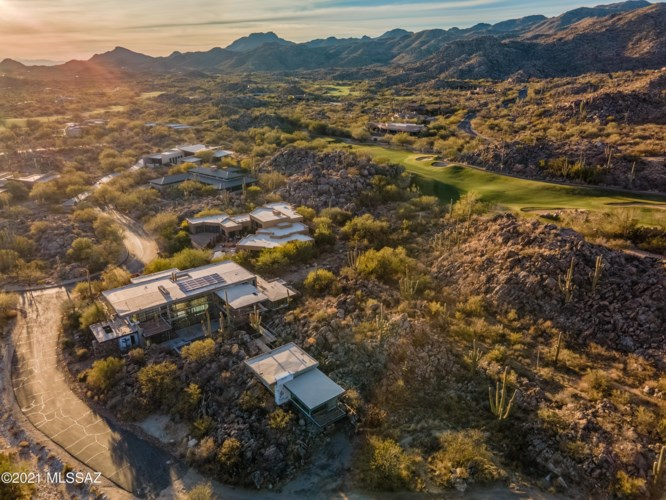 14555 N Blazing Canyon Drive, Oro Valley, AZ 85755