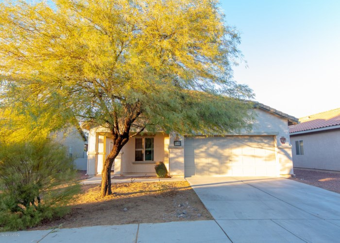 20884 E Reunion Road, Red Rock, AZ 85145