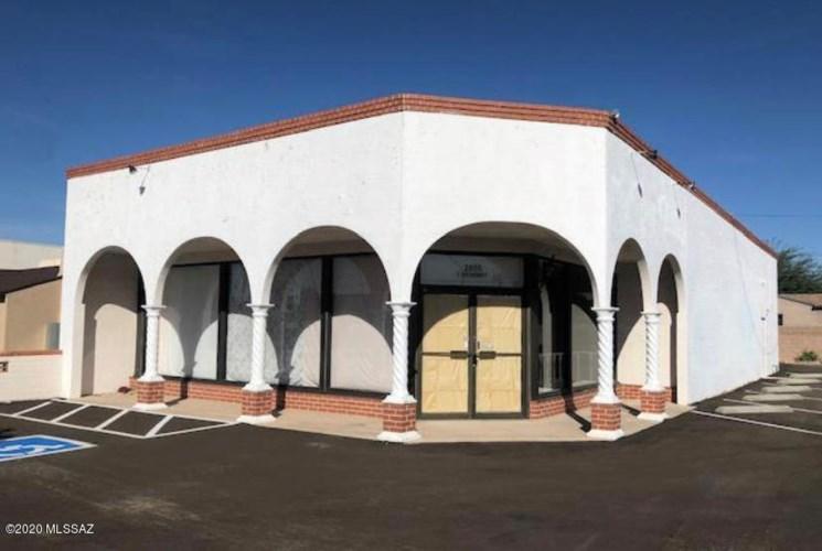 2855 E Broadway Boulevard, Tucson, AZ 85716