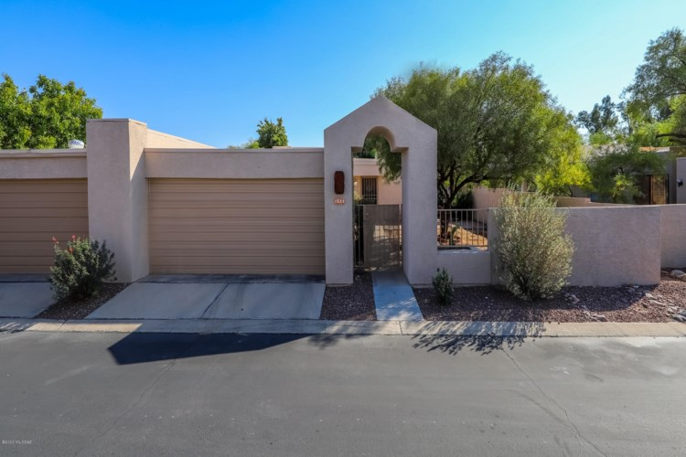 3524 N Charter Oak Way, Tucson, AZ 85712