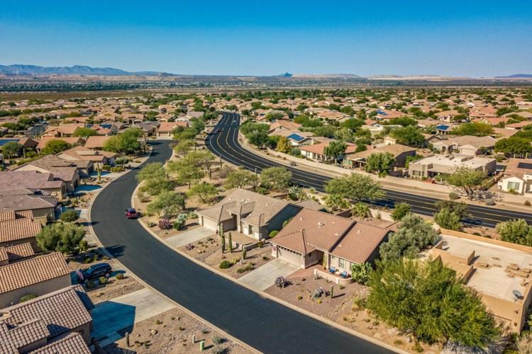 2431 E Sky Creek Drive, Green Valley, AZ 85614