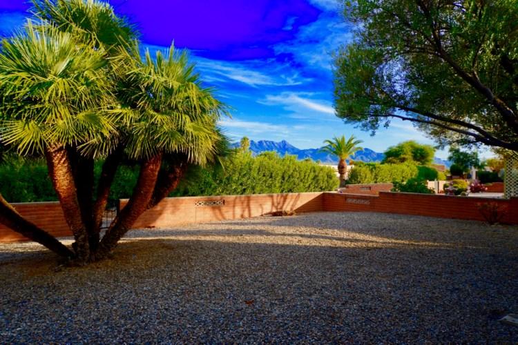 2065 S San Ray, Green Valley, AZ 85614