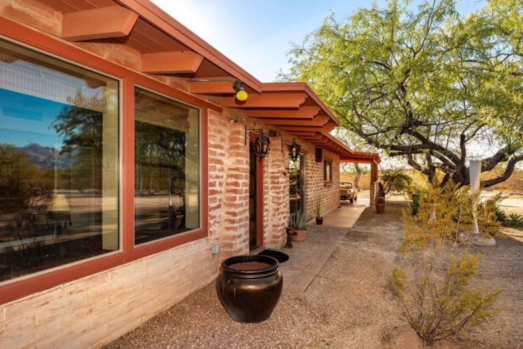 3042 N Avenida De La Colina, Tucson, AZ 85749