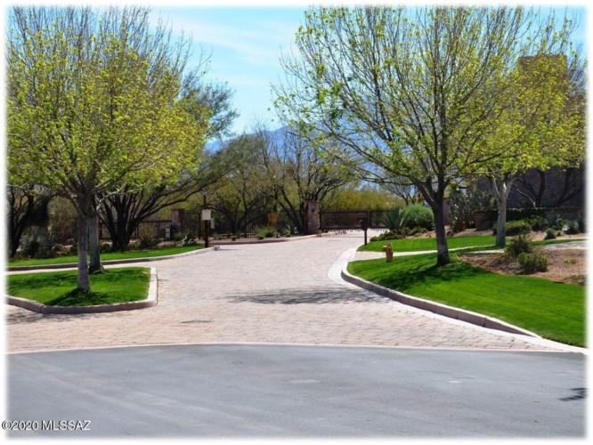 88 N Stronghold Place, Sahuarita, AZ 85629