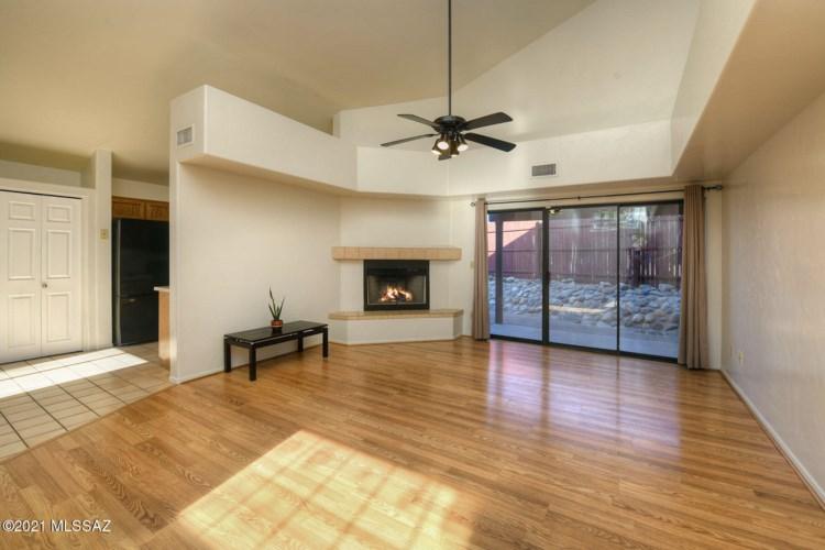 4582 W Vander Bie Lane, Tucson, AZ 85741