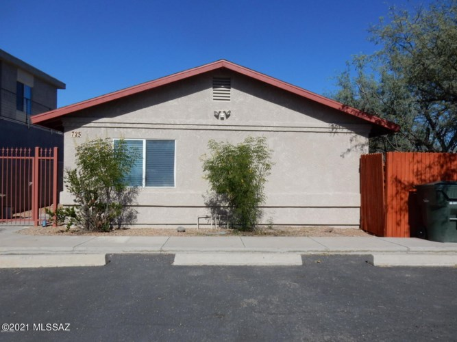 725 E Lester Street, Tucson, AZ 85719