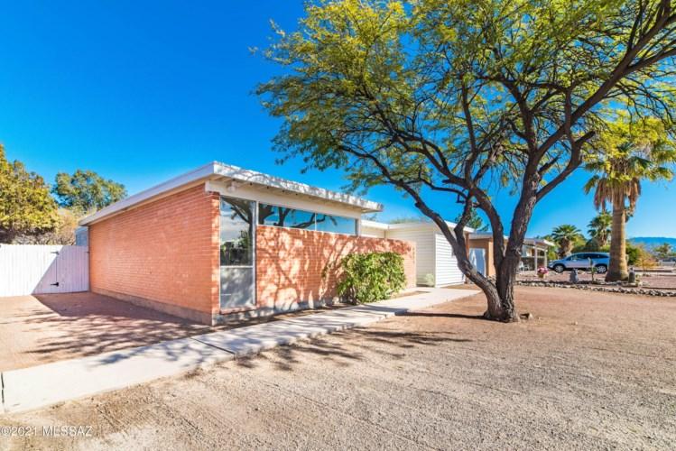 6045 E 21St Street, Tucson, AZ 85711