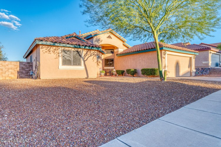 84 N Nightfall Avenue, Tucson, AZ 85748