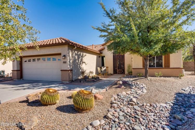 9222 N Crimson Stone Place, Tucson, AZ 85743