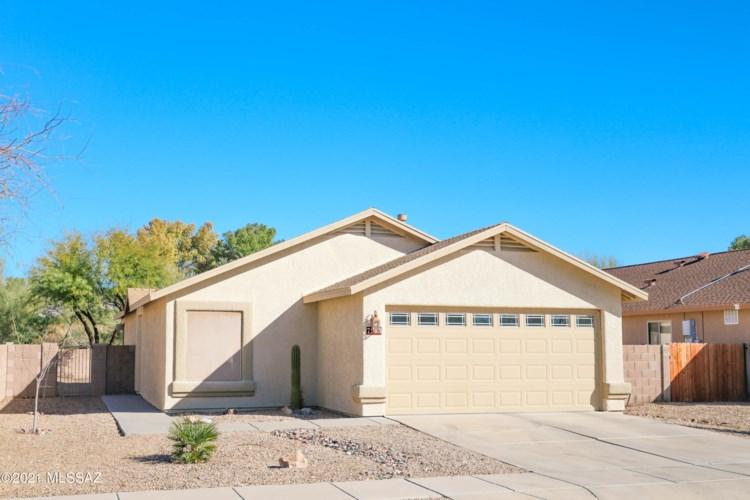 7983 E Sundew Drive, Tucson, AZ 85710