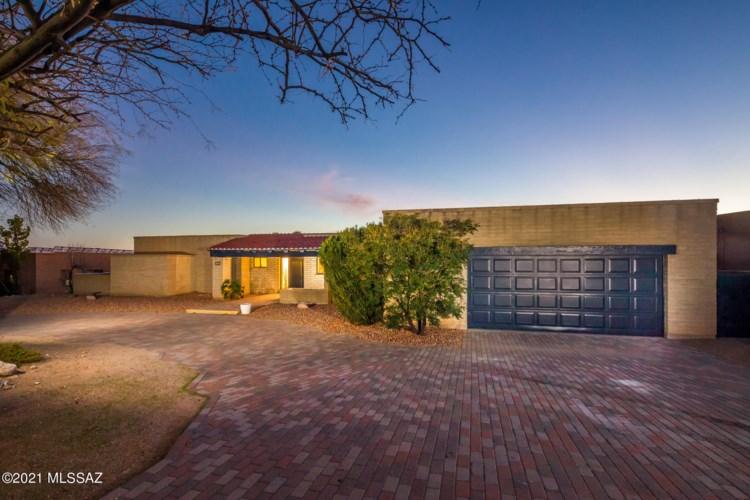 3790 N Knollwood Circle, Tucson, AZ 85750
