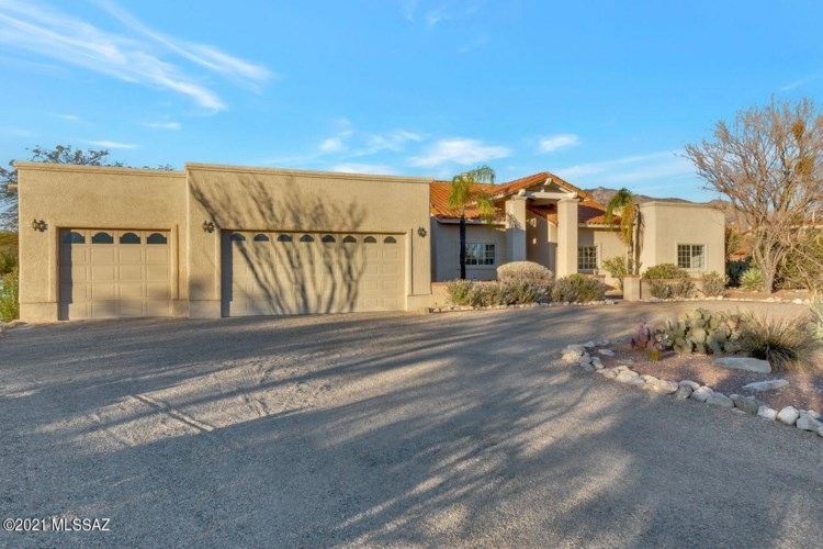 1341 E Calle Mariposa, Tucson, AZ 85718