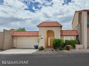 5635 N Camino De Las Estrellas, Tucson, AZ 85718
