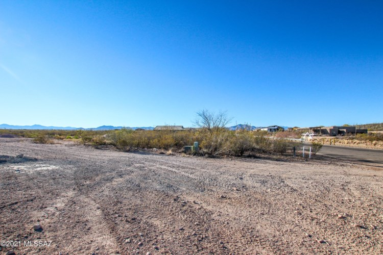 12113 S Creosote Valley Road #46, Vail, AZ 85641