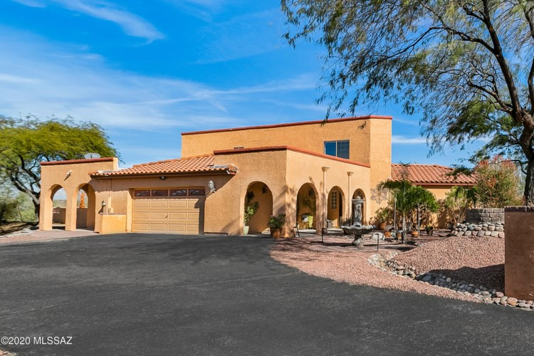 290 W Atua Place, Oro Valley, AZ 85737