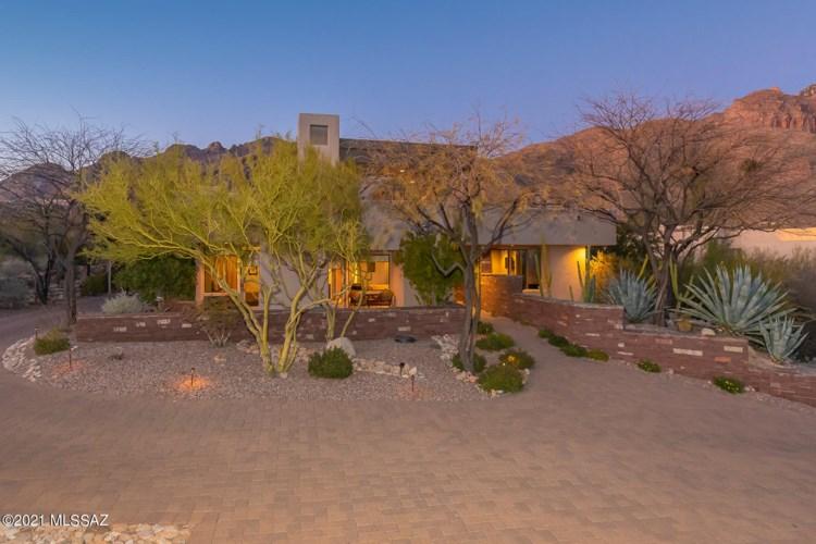 2335 E Long Shadow Place, Tucson, AZ 85718