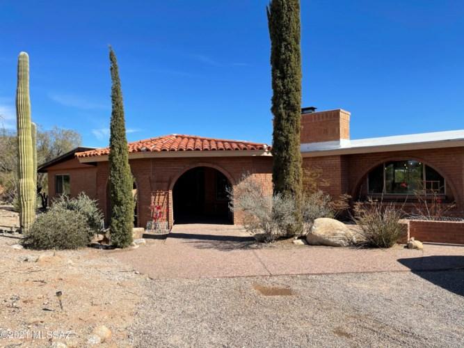 6650 N Calle Padre Felipe, Tucson, AZ 85718