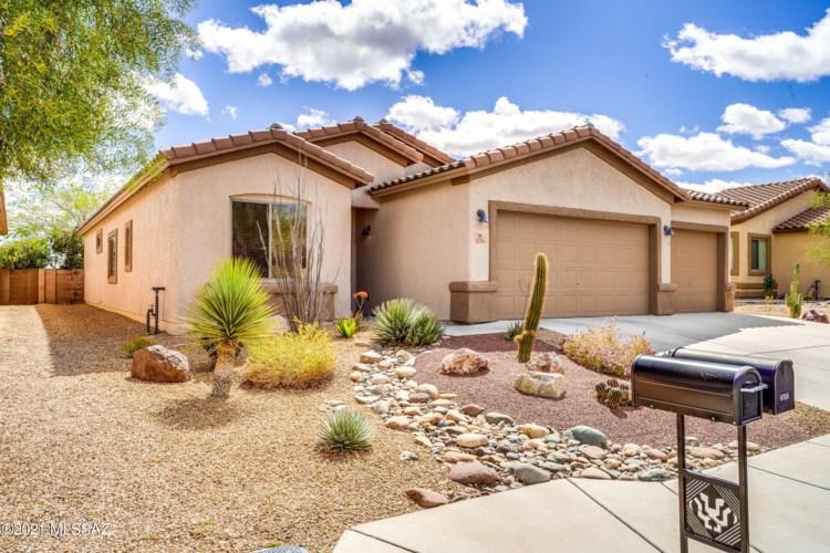 8756 N Finfrock Drive, Tucson, AZ 85743