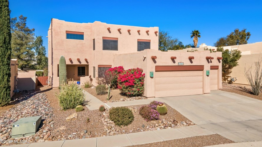 9361 N Quails Call Place, Tucson, AZ 85742