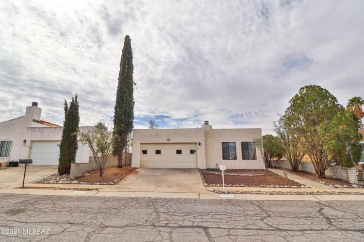 9208 E Calle Diego, Tucson, AZ 85710