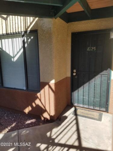 3690 N Country Club Road #1025, Tucson, AZ 85716