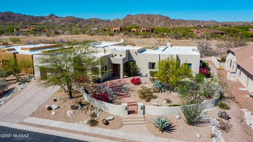 704 W Bright Canyon Drive, Oro Valley, AZ 85755