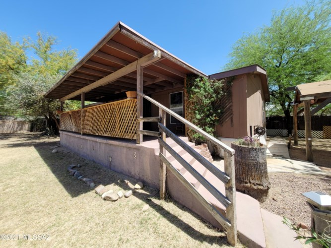 1492 W Gardner Street, Tucson, AZ 85705