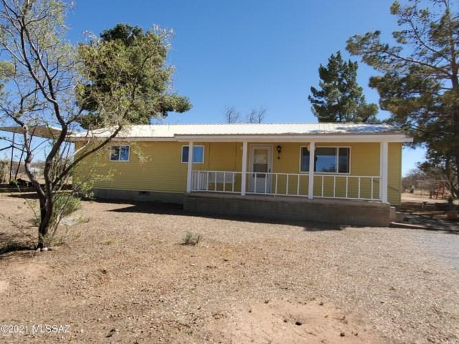 3237 W Thunderbird Trail, Benson, AZ 85602