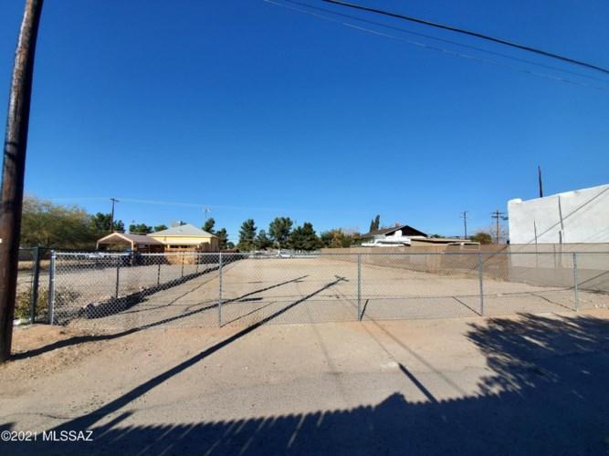 340 E 22nd Street #1, Tucson, AZ 85713