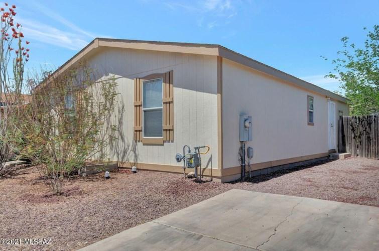 923 E Vuelta Suave, Tucson, AZ 85706