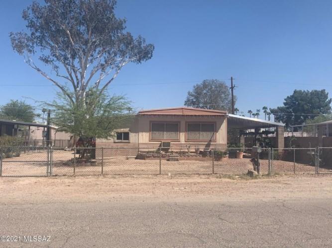 2908 W Carnauba Street, Tucson, AZ 85705