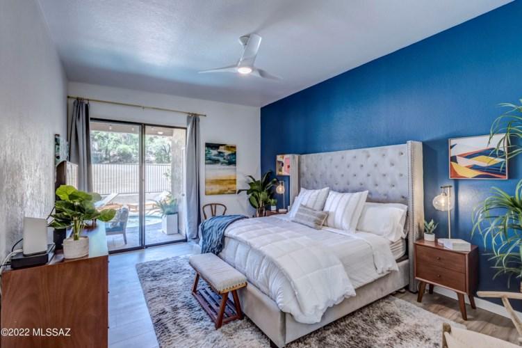 841 E CAMINO CORRIDA, Tucson, AZ 85704