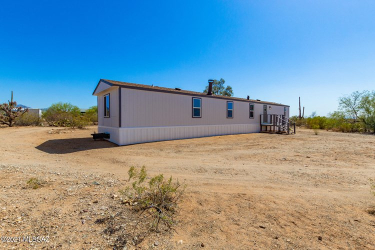 6666 E Phantom Ranch Road, Sahuarita, AZ 85629