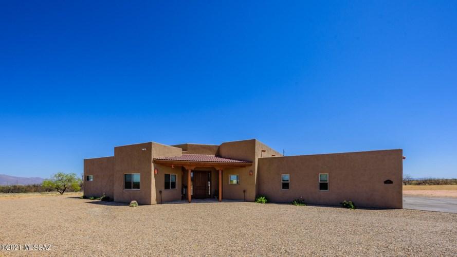 1187 S Manley Court, Benson, AZ 85602
