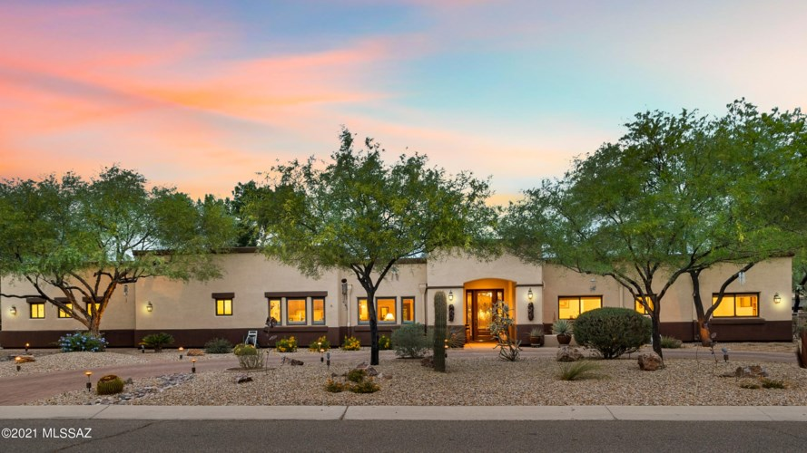 6113 E San Leandro Drive, Tucson, AZ 85715