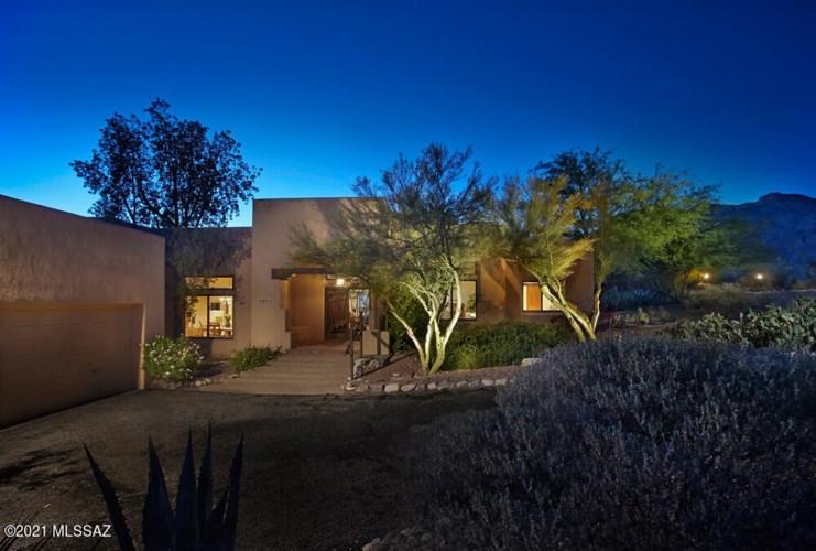 6645 E Circulo Invierno, Tucson, AZ 85750