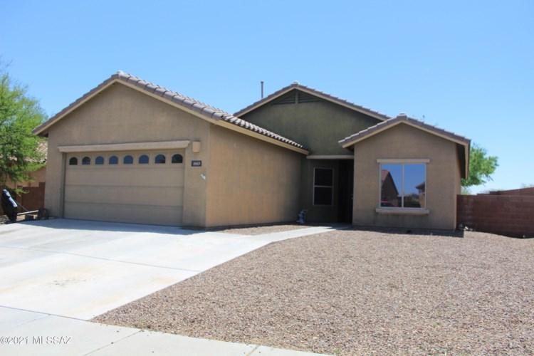 1003 S Throne Room Street, Benson, AZ 85602