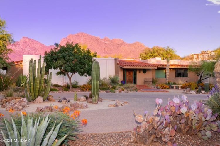 575 W Valoro Drive, Oro Valley, AZ 85737