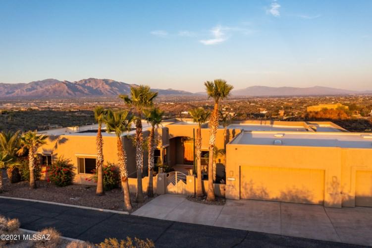 5500 N Park Ridge Place, Tucson, AZ 85743