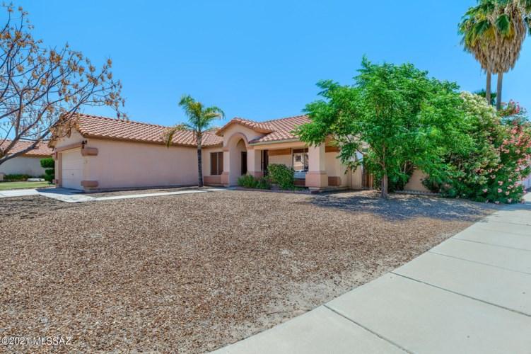 7319 W Silver Sand Drive, Tucson, AZ 85743