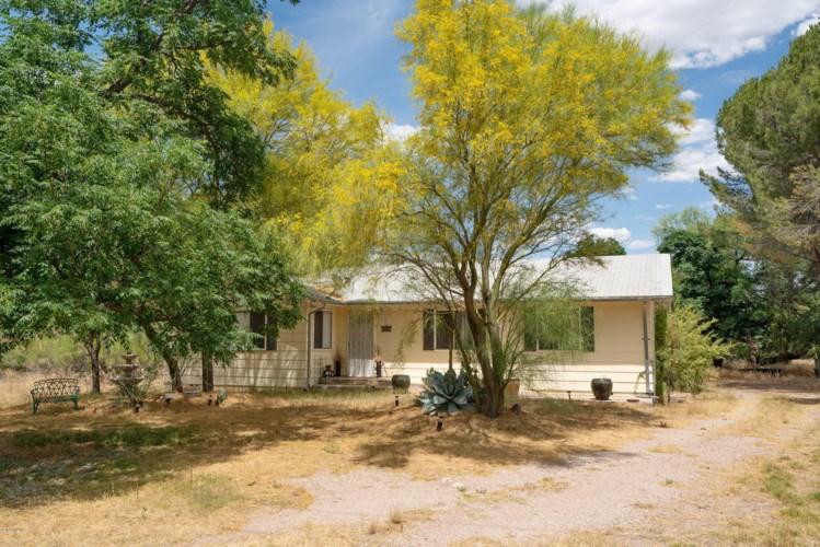 1947 E Frontage Rd, Tumacacori, AZ 85640
