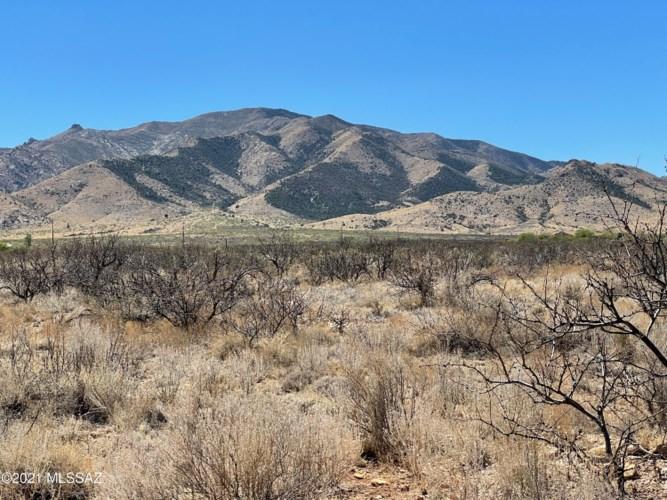 1245 N Slope Along Way, Cochise, AZ 85606