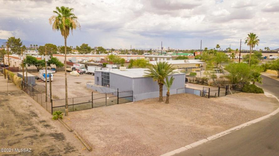 2450 N Jackrabbit Avenue, Tucson, AZ 85745
