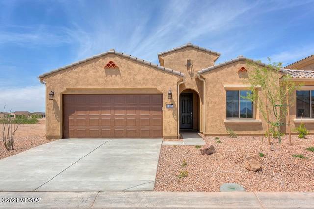1377 E Basalt Drive, Green Valley, AZ 85614