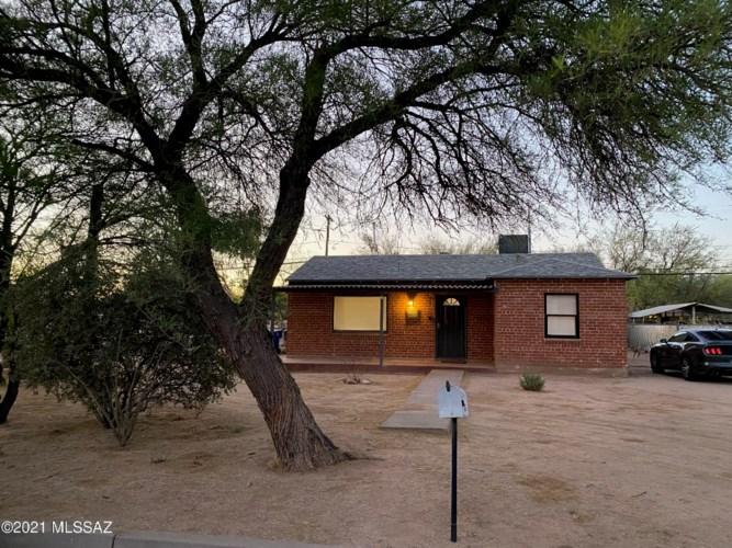 3201 E 25th Street, Tucson, AZ 85713