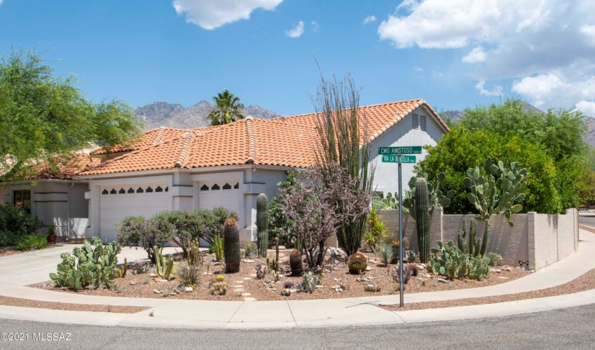 7685 E Camino Amistoso, Tucson, AZ 85750