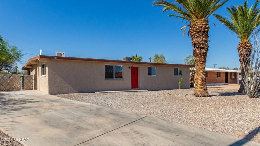 2938 E 24Th Street, Tucson, AZ 85713