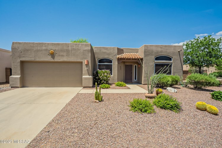 972 W Fox Ridge Lane, Oro Valley, AZ 85737