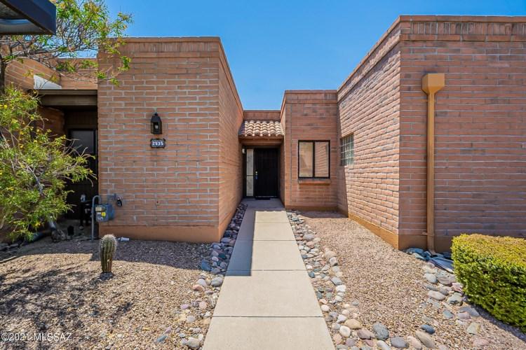 2535 S Calle De Humes, Green Valley, AZ 85622