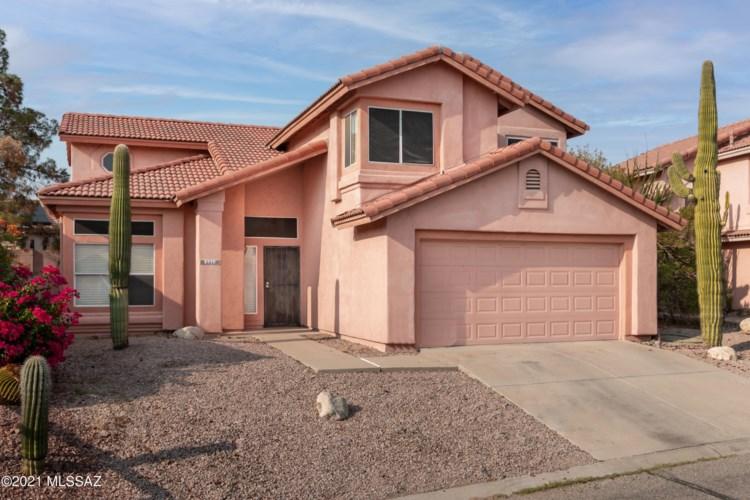 9979 N Woodstone Trail, Tucson, AZ 85742